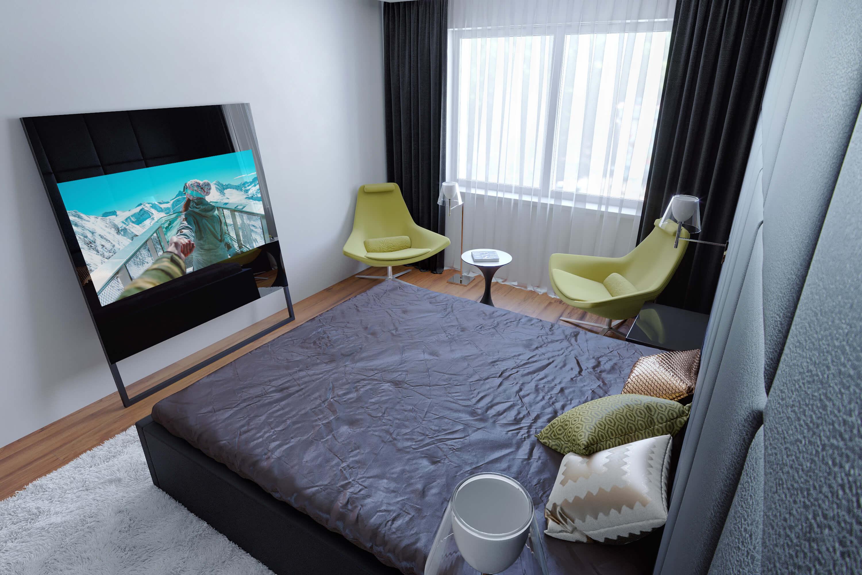 Телевизор за стеклом