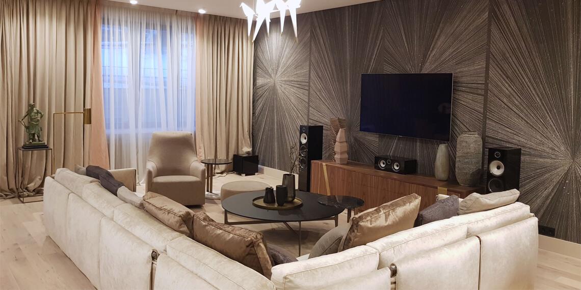 Домашний кинотеатр для гостинной зоны