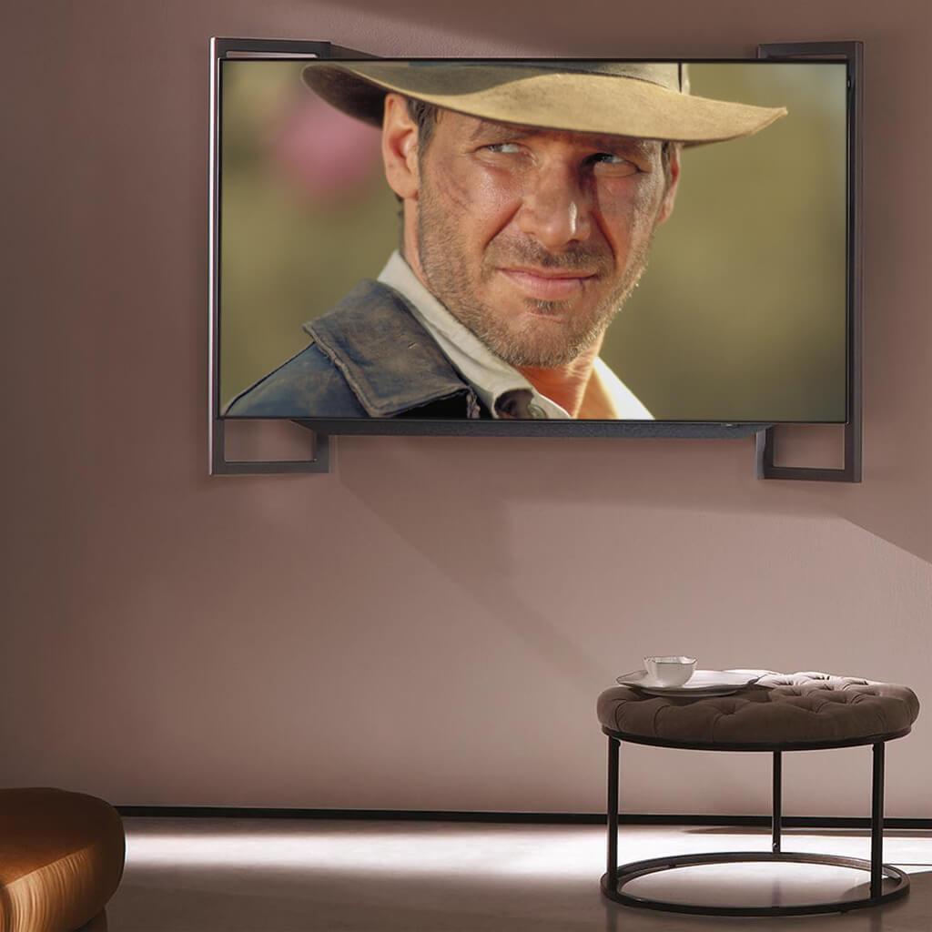 Loewe bild 9 с включенным экраном