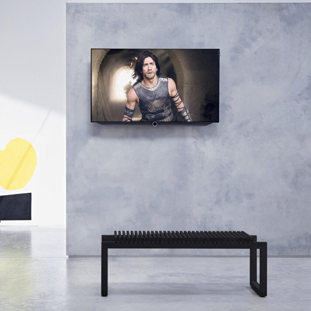 Loewe bild 7 OLED с креплением для стены